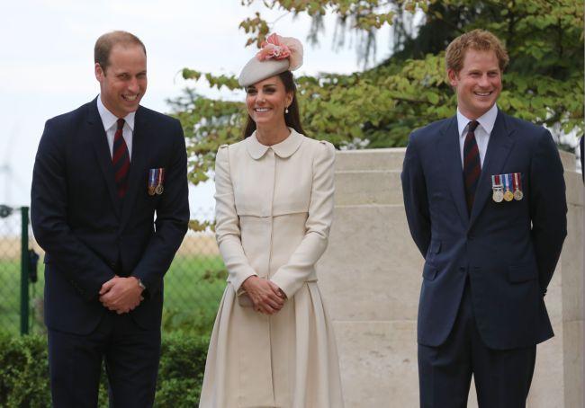 Уильям, Кейт и Гарри теперь в Твиттере!