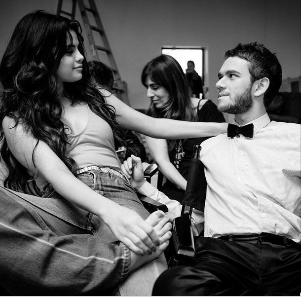 Селена Гомес рассказала о романтических отношениях со своим продюсером