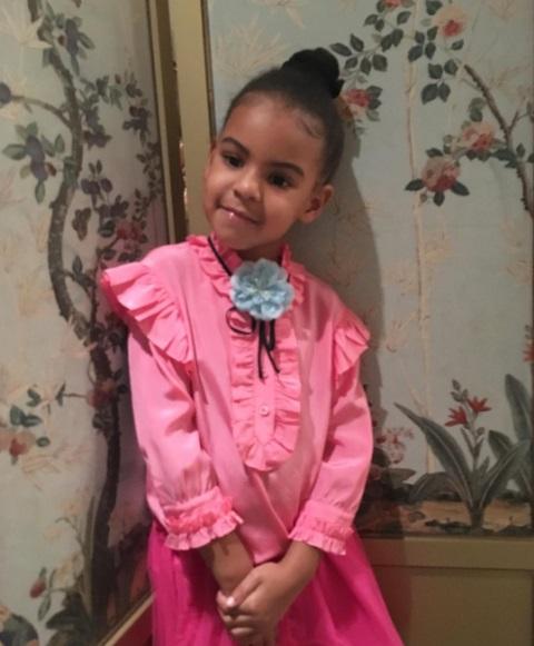 Соланж Ноулз опубликовала фото подросшей дочери Бейонсе и Джей-Зи