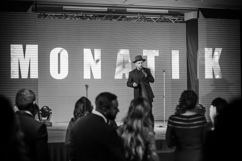 MONATIK зажег публику на Viva! Бал