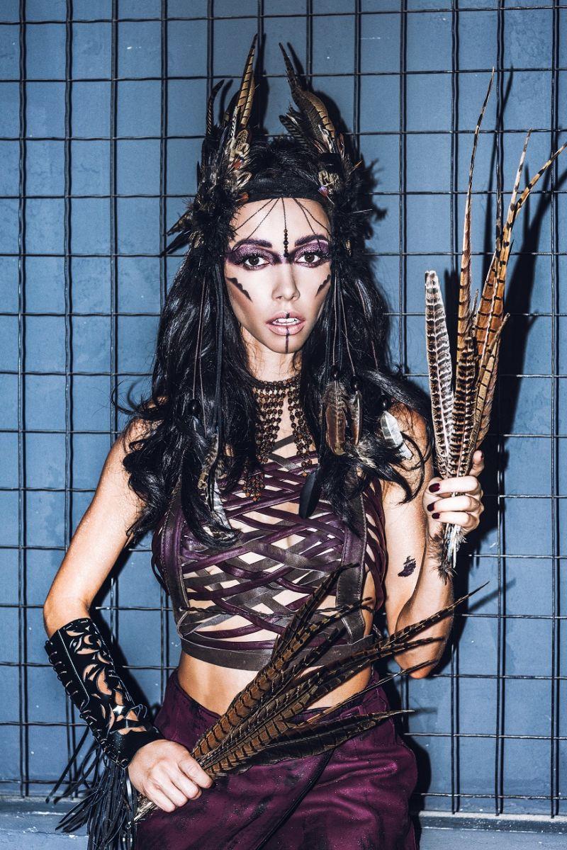 Прима-балерина Екатерина Кухар поразила макияжем в стиле voodoo