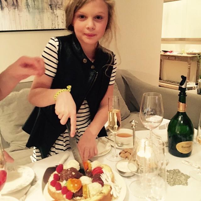 Беременная Ольга Фреймут поздравила дочь с 10-летем
