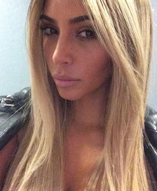 Ким Кардашьян стала блондинкой