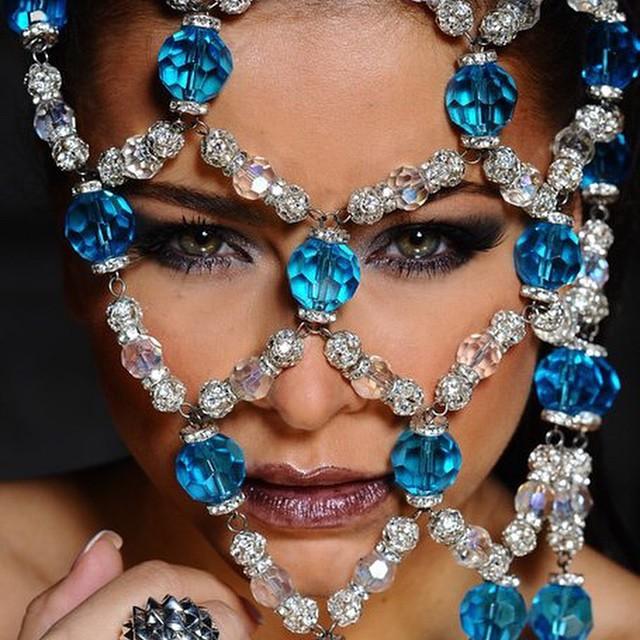 Чудеса макияжа: Ани Лорак до и после