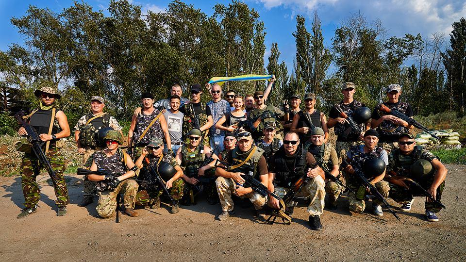 Студия Квартал-95 выступила в зоне АТО