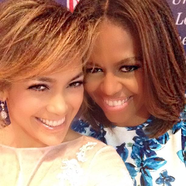Дженнифер Лопес и Мишель Обама позируют вместе