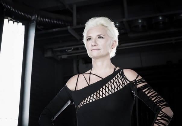 Диана Арбенина теперь блондинка