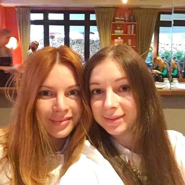 Наталья Подольская с сестрой Юлианой