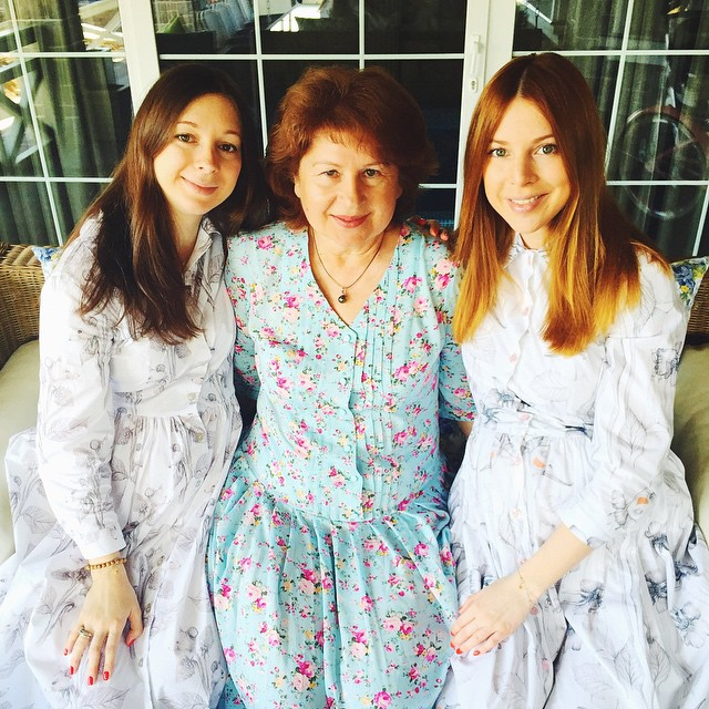 Сестра-близняшка Натальи Подольской родила двойню
