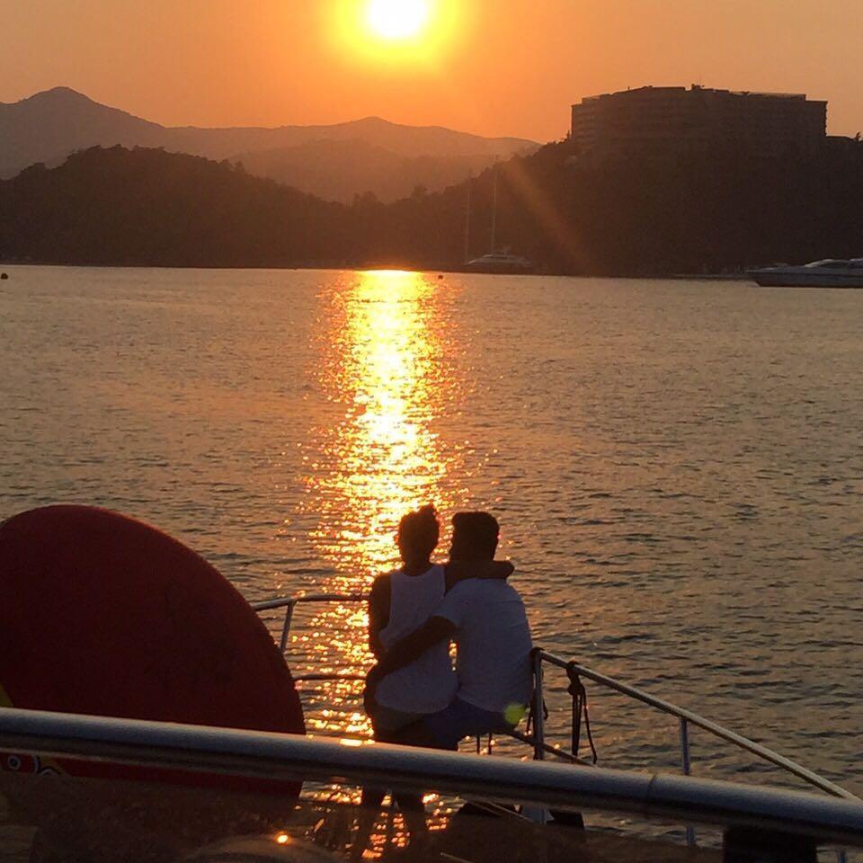 Ани Лорак на отдыхе в Турции