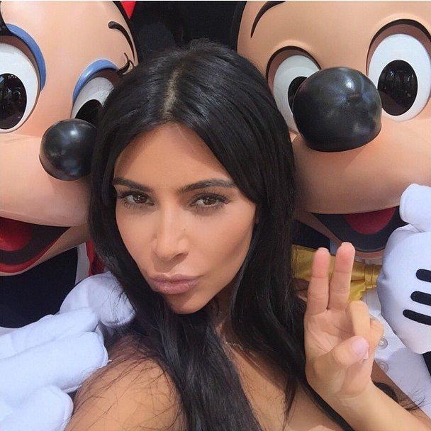 Ким Кардашьян и Канье Уэст устроили вечеринку для дочери в Диснейленде