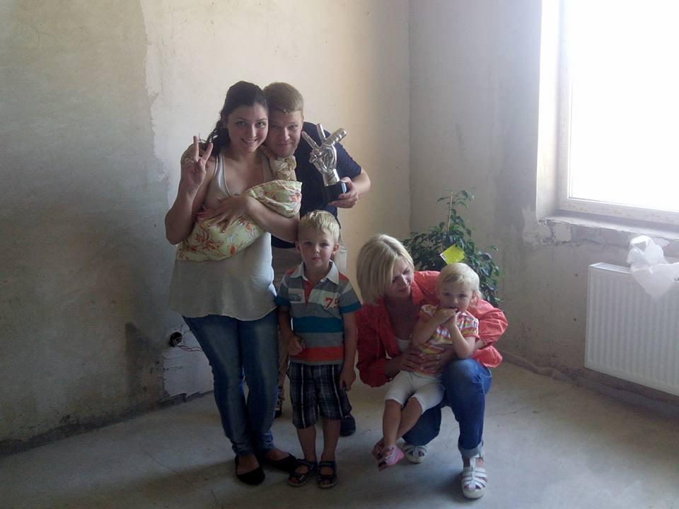 Антон Копытин показал квартиру, подаренную Тиной Кароль