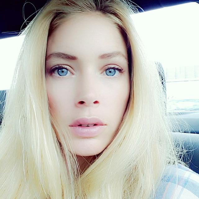 Естественная красота: 30-летняя Даутцен Крус без макияжа