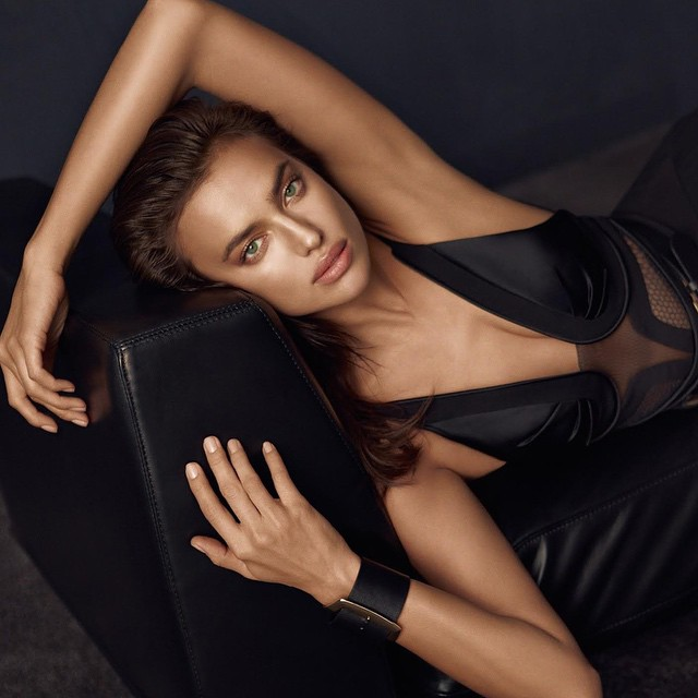 Леди в черном: роскошная Ирина Шейк блистает в стильной фотосессии