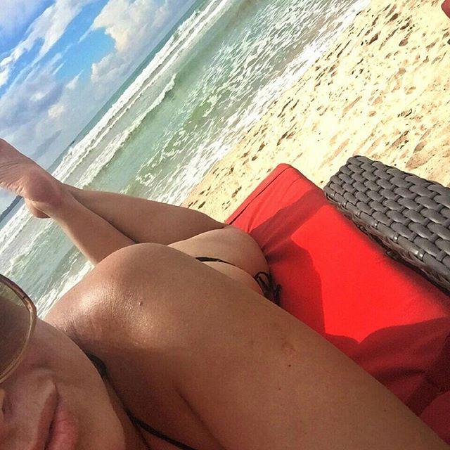 Сестра Жанны Фриске наслаждается отдыхом на райских островах