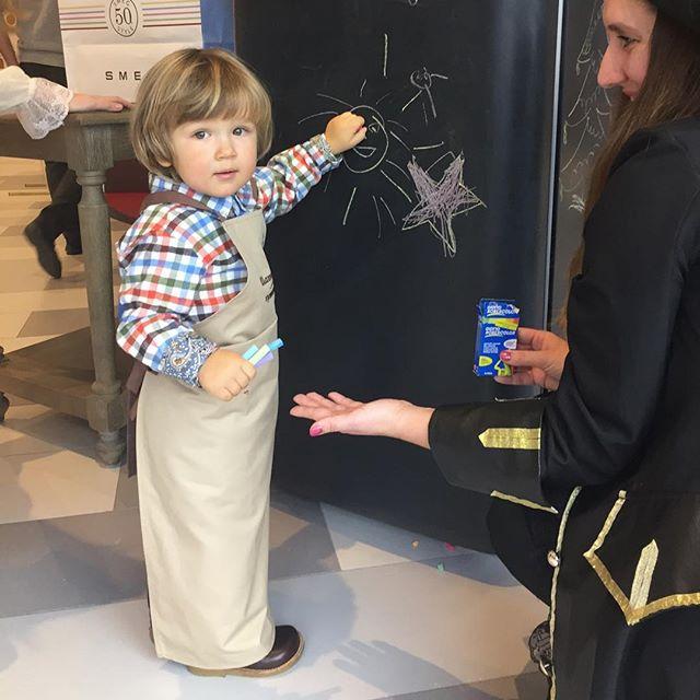 По-семейному: Мария Кожевникова показала забавное фото с сыновьями