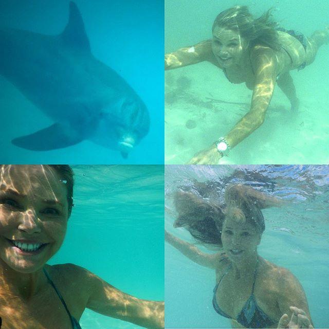 61-летняя супермодель Кристи Бринкли продемонстрировала подтянутую фигуру в купальнике