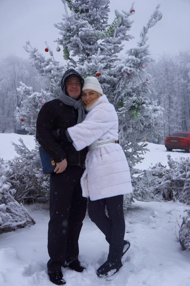 Все в сборе: Лилия Ребрик поделилась трогательными семейными снимками