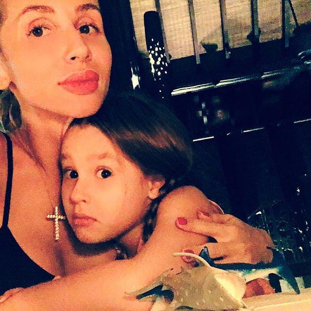 Молодая мама Светлана Лобода продемонстрировала сексуальную фигуру на отдыхе