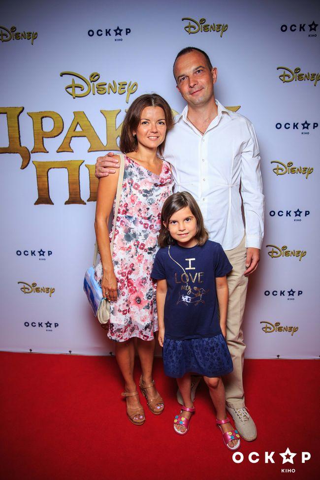 Маричка Падалко с мужем Егором Соболевым посетили гала-премьеру нового фильма от Disney
