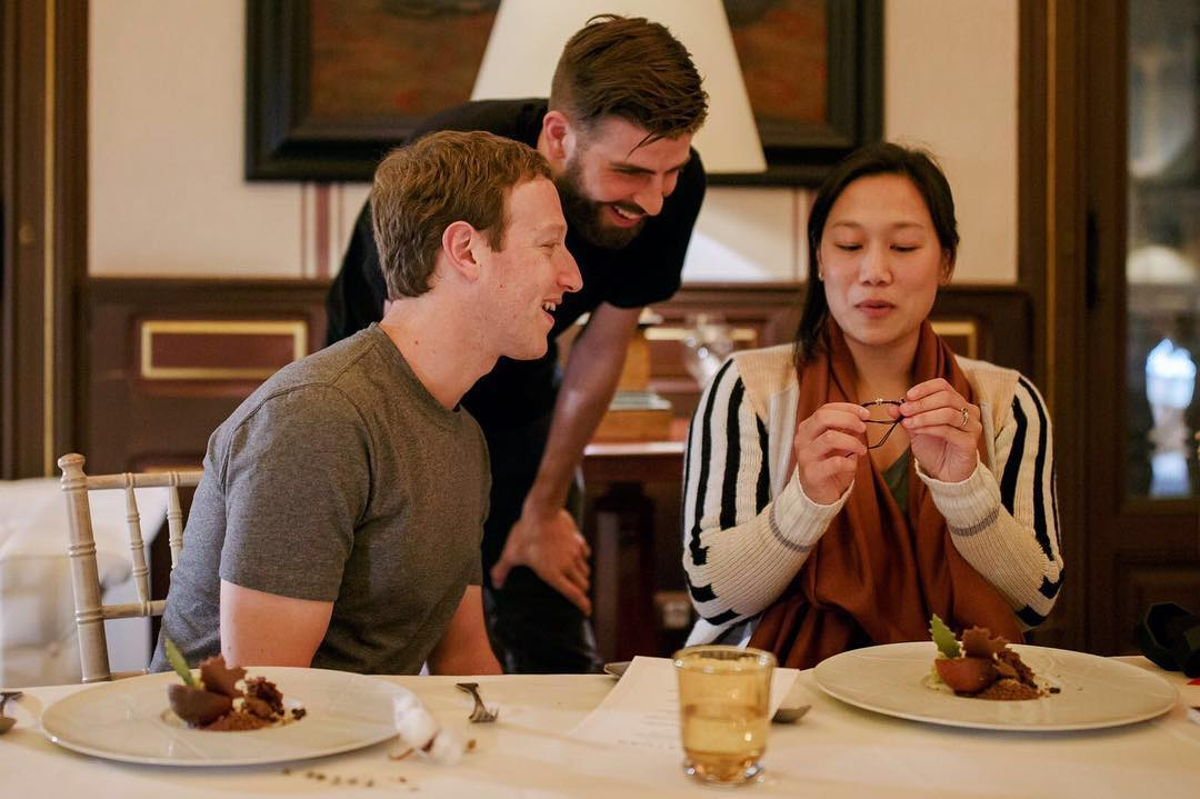 Марк Цукерберг отметил день рождения жены в Барселоне
