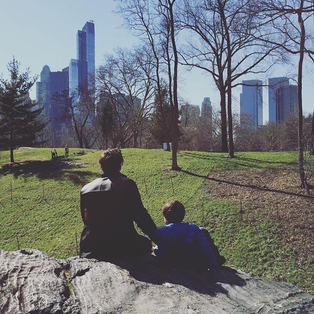 Редкий кадр: Орландо Блум опубликовал забавное фото с сыном
