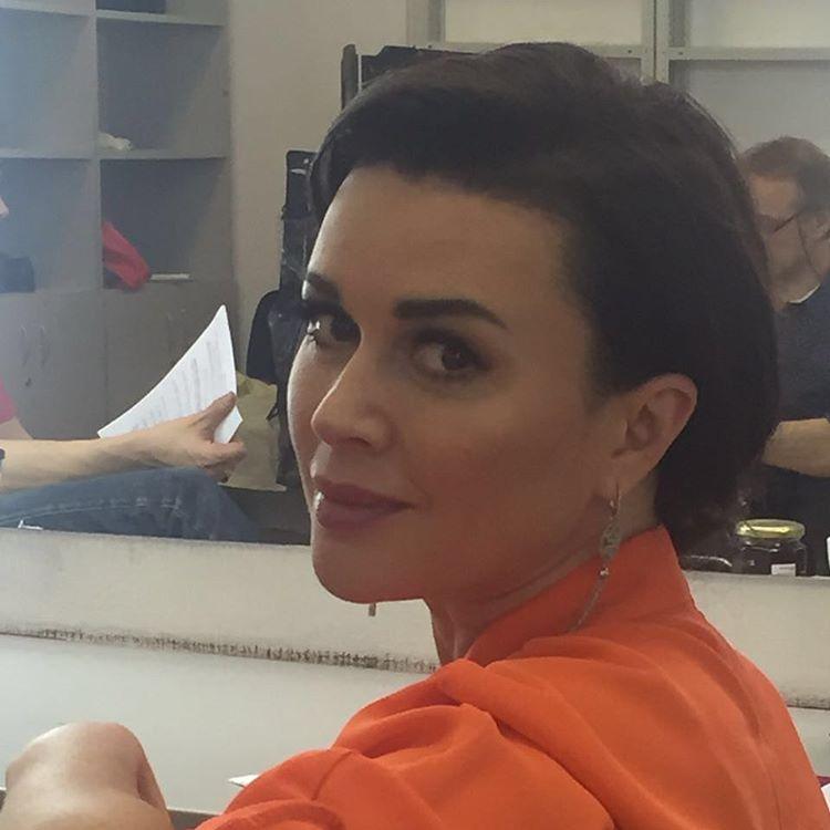 45-летняя Анастасия Заворотнюк опубликовала фото без косметики