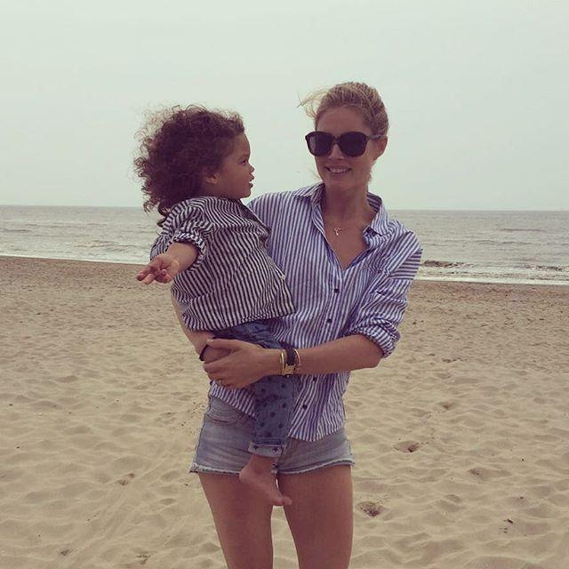 Счастливая мама: Даутцен Крус опубликовала трогательные фото с детьми