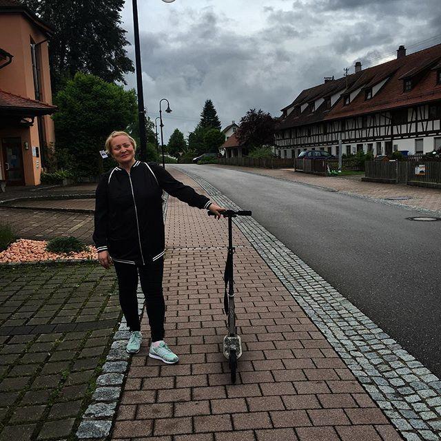 """Звезда сериала """"Интерны"""" отдыхает с дочерью в Европе"""