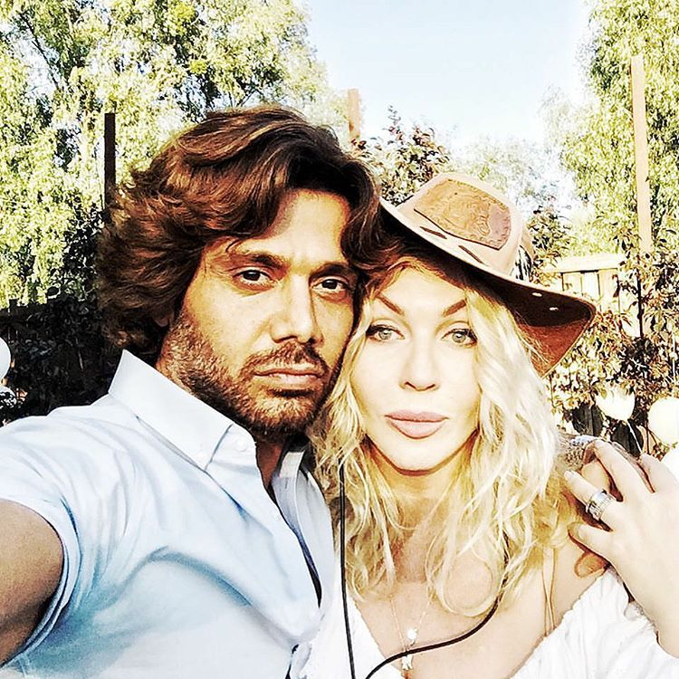Ирина Билык публикует романтические селфи со своим мужем