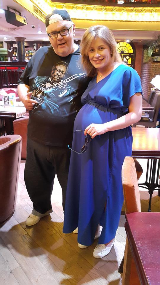 В сети появились новые снимки беременной на последних месяцах Елены Кравец