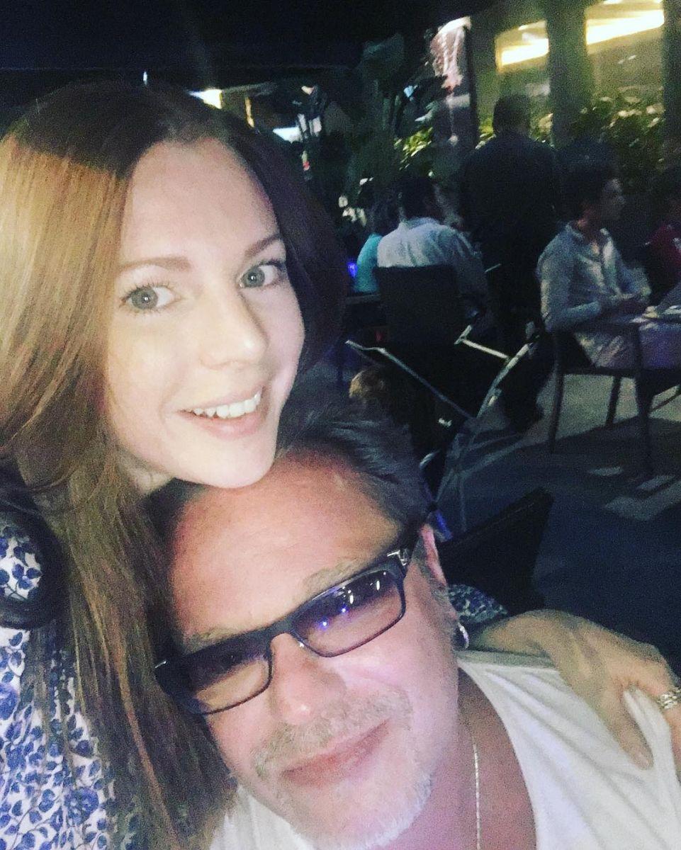 Владимир Пресняков и Наталья Подольская улетели вместе с сыном в Испанию