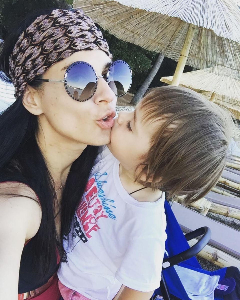 Фото дня: Маша Ефросинина и ее повзрослевший сын