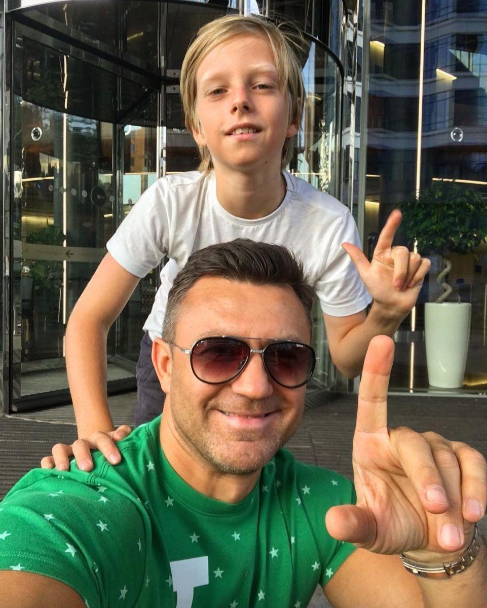 Николай Тищенко показал своего сына
