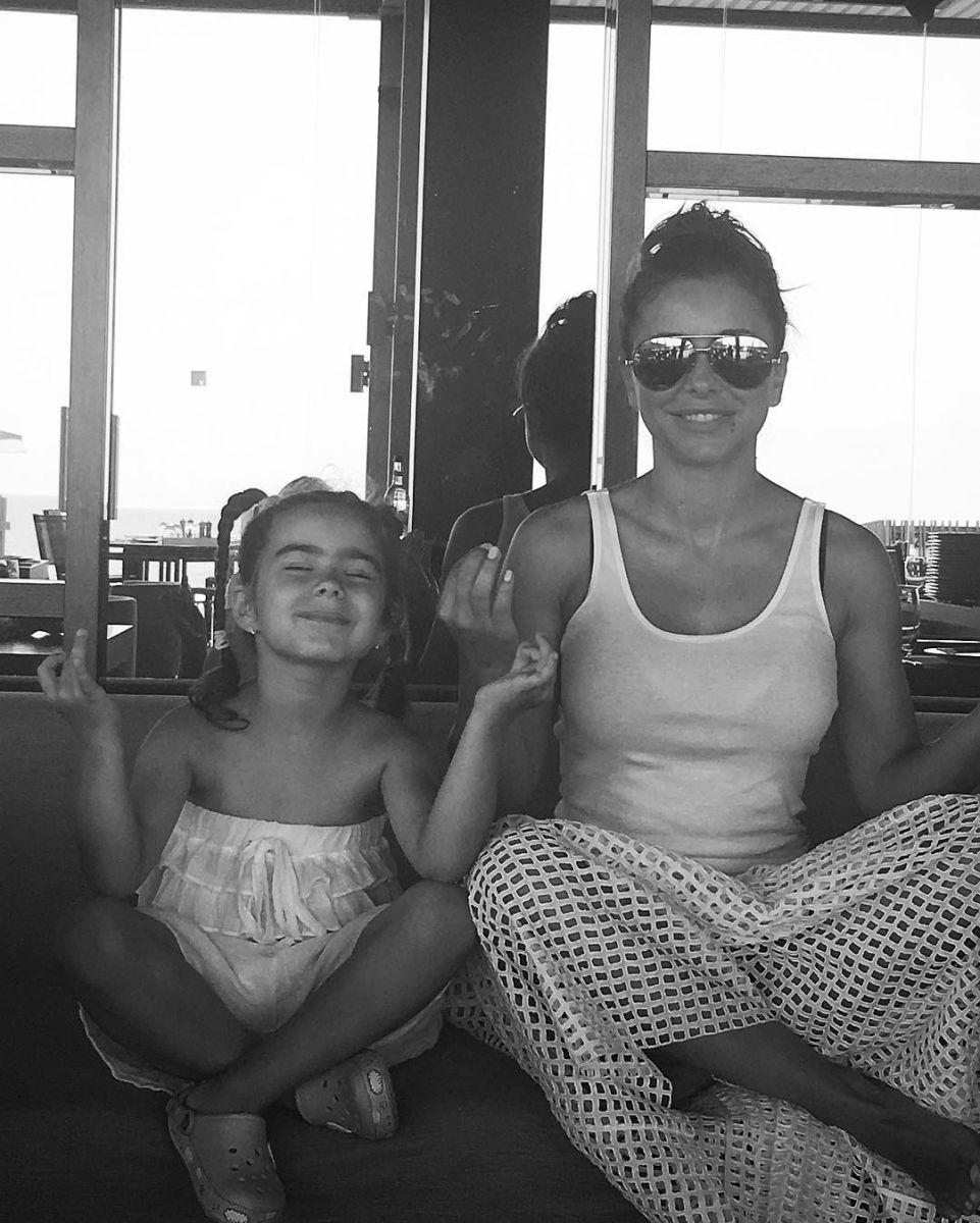 Ани Лорак усилила охрану на отдыхе в Турции из-за ситуации в стране