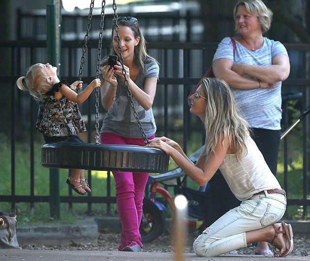 Жизель Бундхен показала своих очаровательных детей