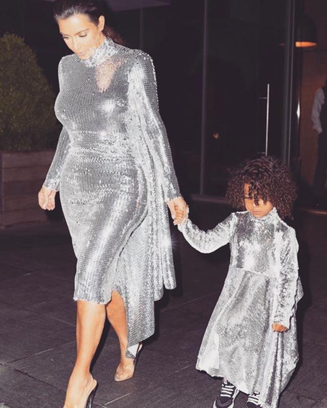 Ким Кардашьян заявила, что планирует родить третьего ребенка