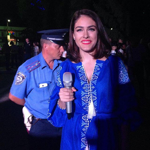 Маша Собко покорила поклонников модным образом в вышиванке