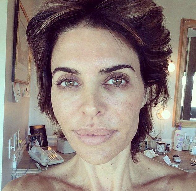 Лиза Ринна шокировала лицом без макияжа