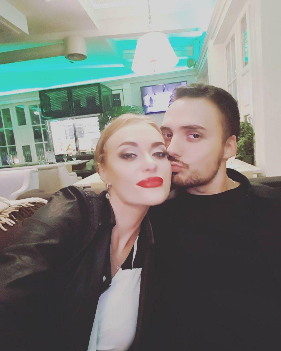 """Солистка """"Неангелов"""" о секрете крепкого брака: """"Ничто так не объединяет супругов, как физическая близость"""""""