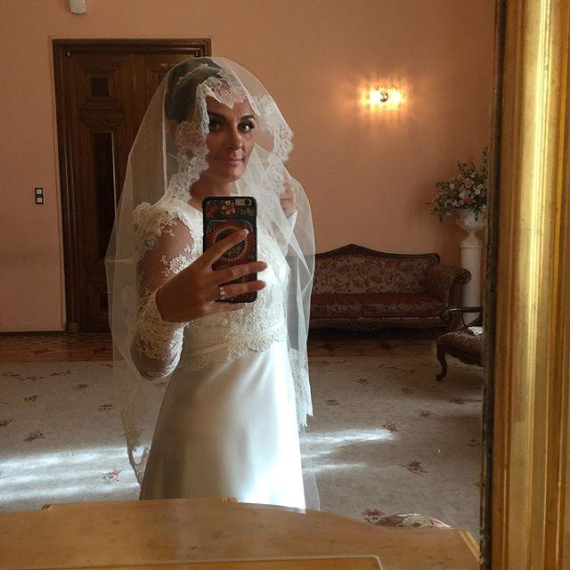Фотофакт: 39-летняя Елена Ваенга вышла замуж