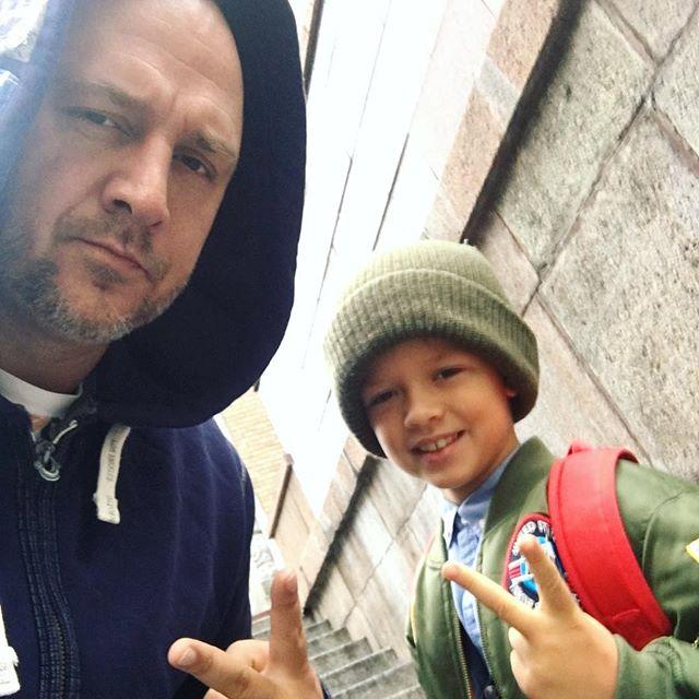 Потап и его жена засыпали сеть снимками с подросшим сыном