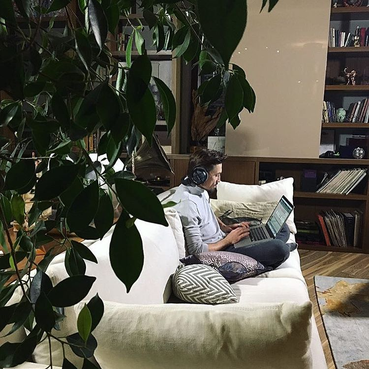 Дима Билан рассказал, как обустраивает свой роскошный дом