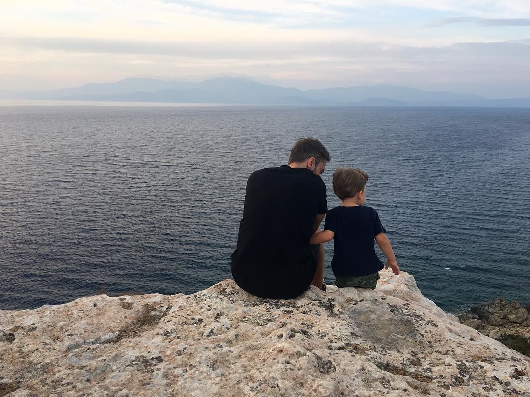 Дмитрий Шепелев показала подросшего сына