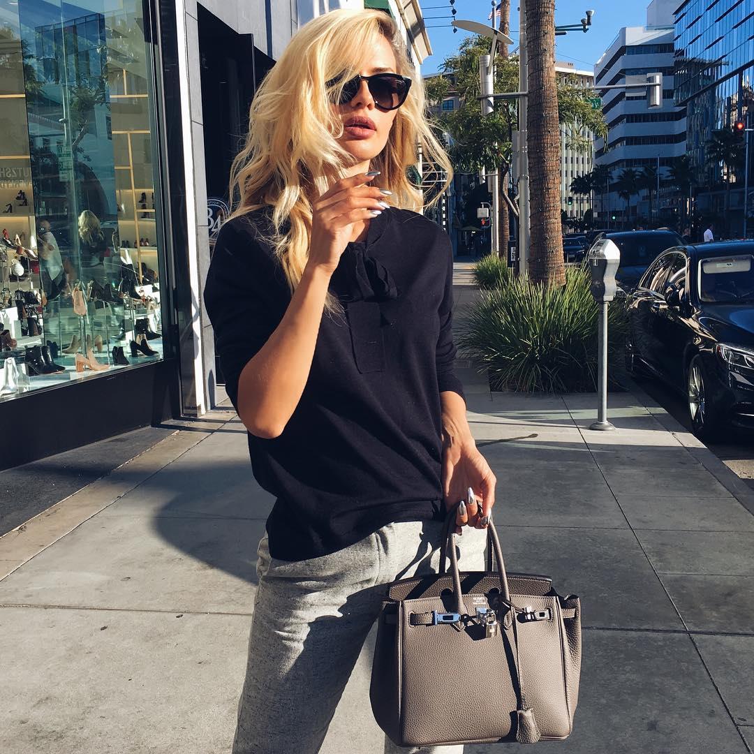 Не узнать: Виктория Боня стала яркой блондинкой