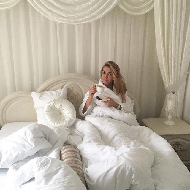 50-летняя Ольга Сумская поделилась постельным фото без макияжа ольга сумская, ольга сумская без макияжа, ольга сумская фото, ольга сусмкая инстаграм, ольга сумская фото 2016