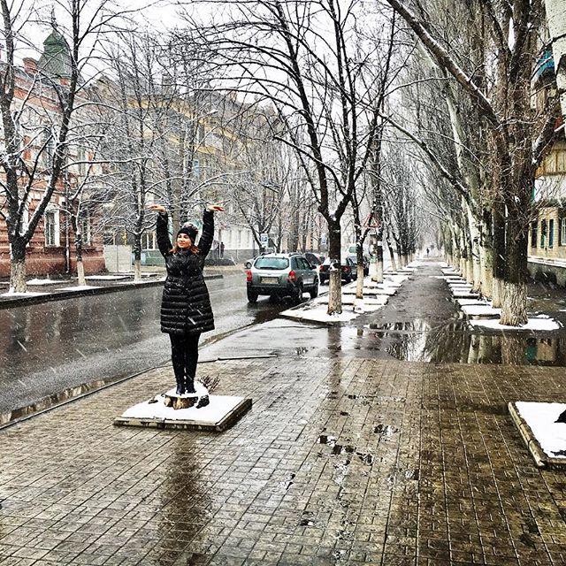 Анфиса Чехова выступила со спектаклями на Донбассе