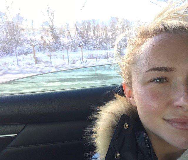 Естественная красота: Хайден Панеттьери поделилась селфи без макияжа