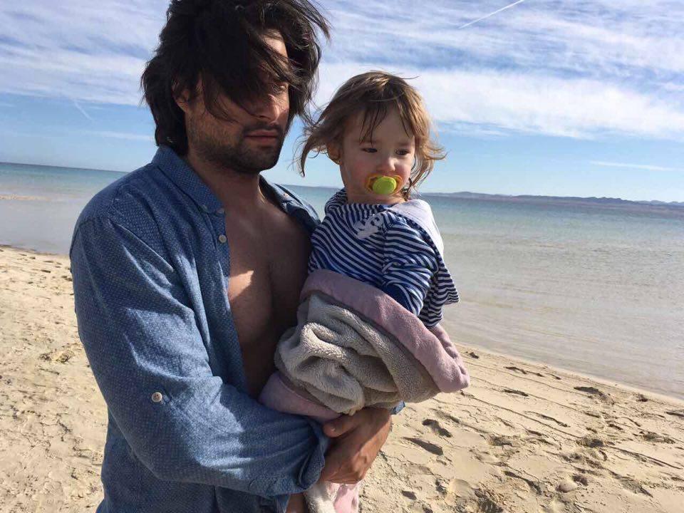 Красавец Владимир Ткаченко снял свою дочь в новом видео