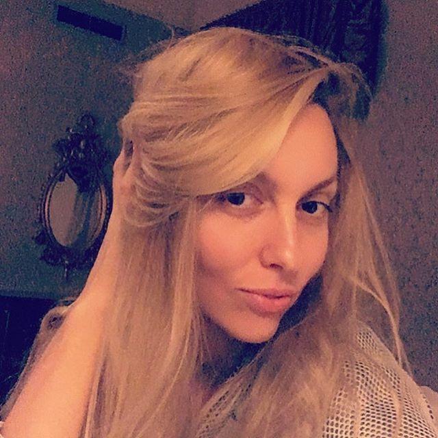 Семейное селфи: Оля Полякова показала свою маму